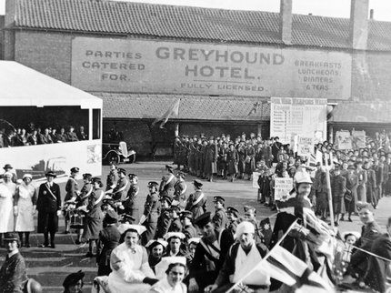 War Weapons Week in Worksop 1941.jpg